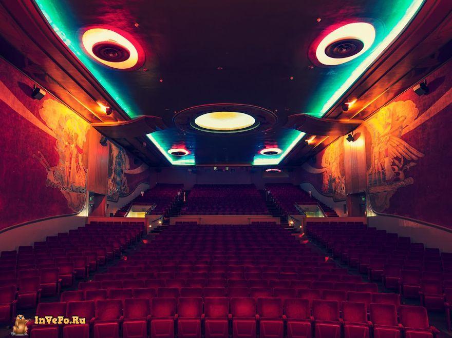 15-самых-крутых-кинотеатров-мира-14