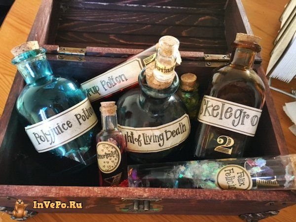 girl-creates-a-harry-potter-potion-chest-24-photos-25