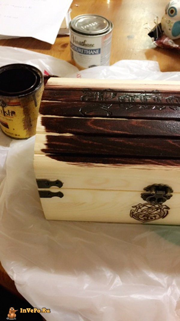 girl-creates-a-harry-potter-potion-chest-24