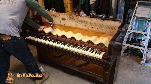 i-never-realized-the-full-potential-of-a-piano-until-i-saw-this-diy-wine-bar-35-photos-11