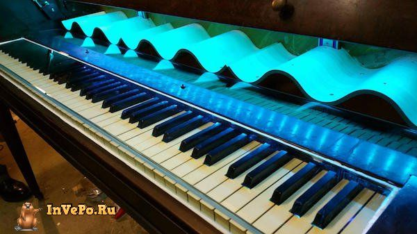 i-never-realized-the-full-potential-of-a-piano-until-i-saw-this-diy-wine-bar-35-photos-20