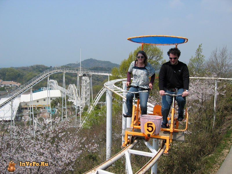 sky-cycle-pedal-powered-rolloer-coaster-japan-3