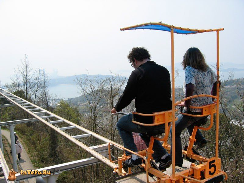 sky-cycle-pedal-powered-rolloer-coaster-japan-4