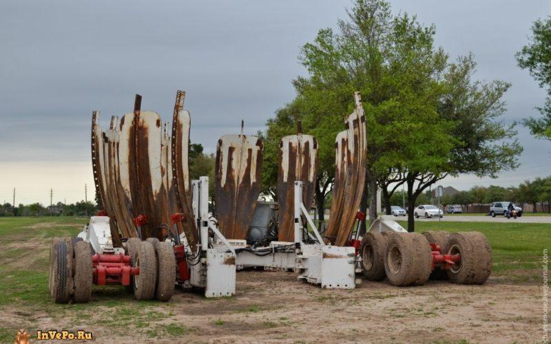 Самый большой в мире перевозчик деревьев