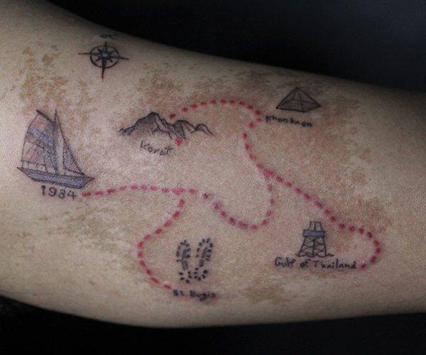 30 способов замаскировать родинки на теле, оригинальными татуировками