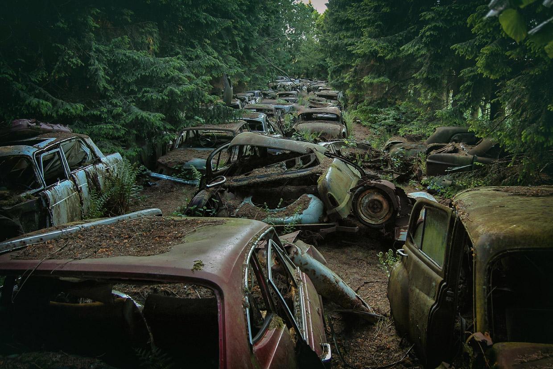Путешествие по миру брошенных автомобилей